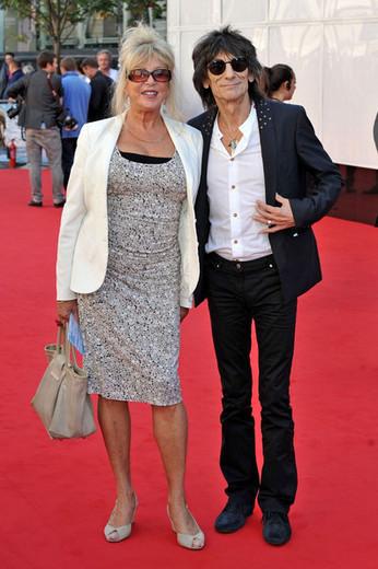 Pattie Boyd & Ronnie Wood.jpg